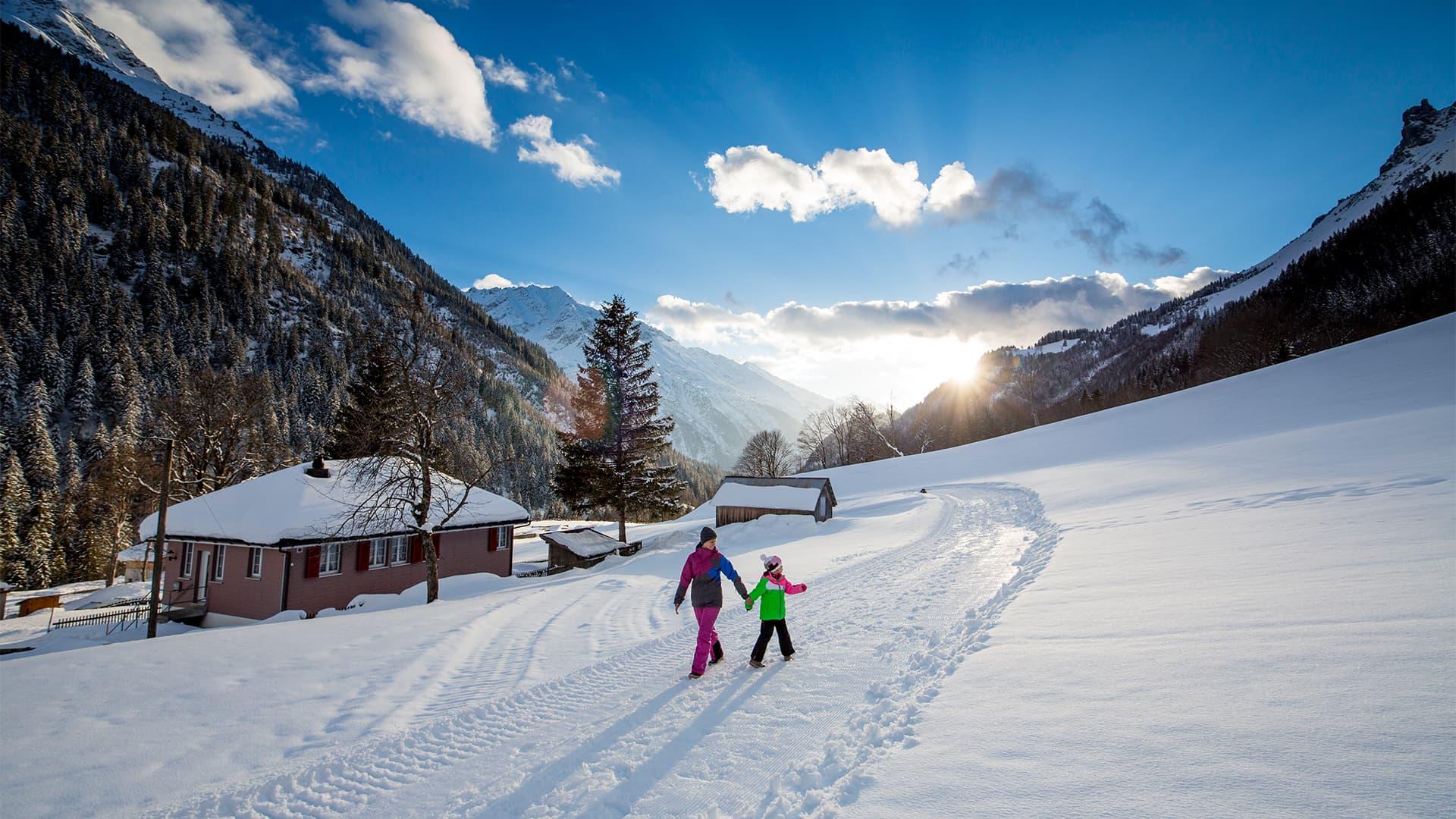 Gemeinde Innertkirchen im Winter 2 by David Birri